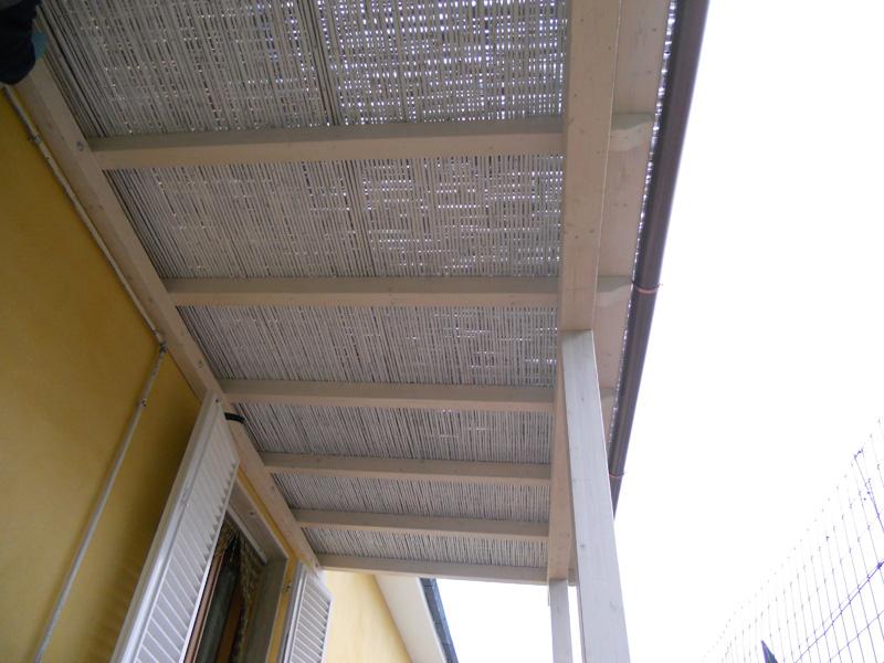 015 pergola addossata talini talini bamb for Pergolato con canne di bambu